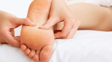 Reflexologie plantaire : Massage du corps ou de l\'esprit ?