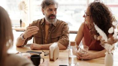 5 étapes pour bien communiquer avec ses clients