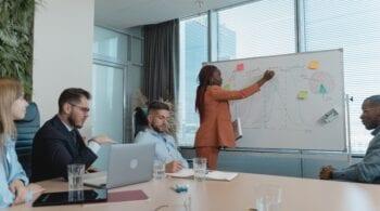 Devenir coach d'entreprise : 4 propositions pour débuter